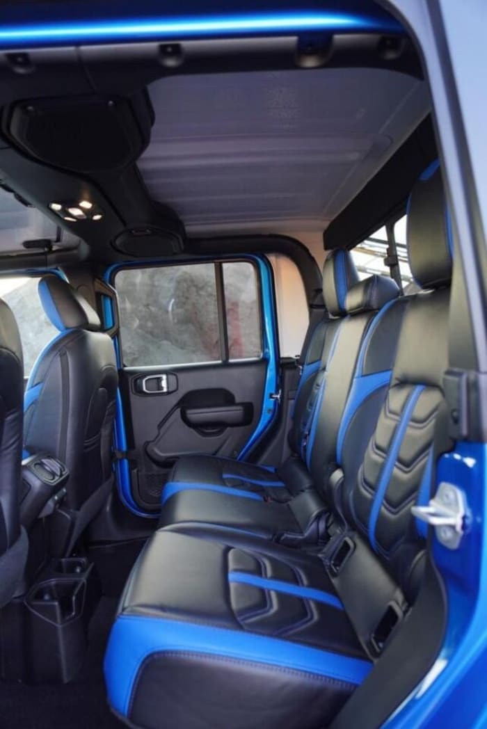 Image #3 of our 2018 Jeep Gladiator  (Blue) In Miami Fort Lauderdale Palm Beach South Florida