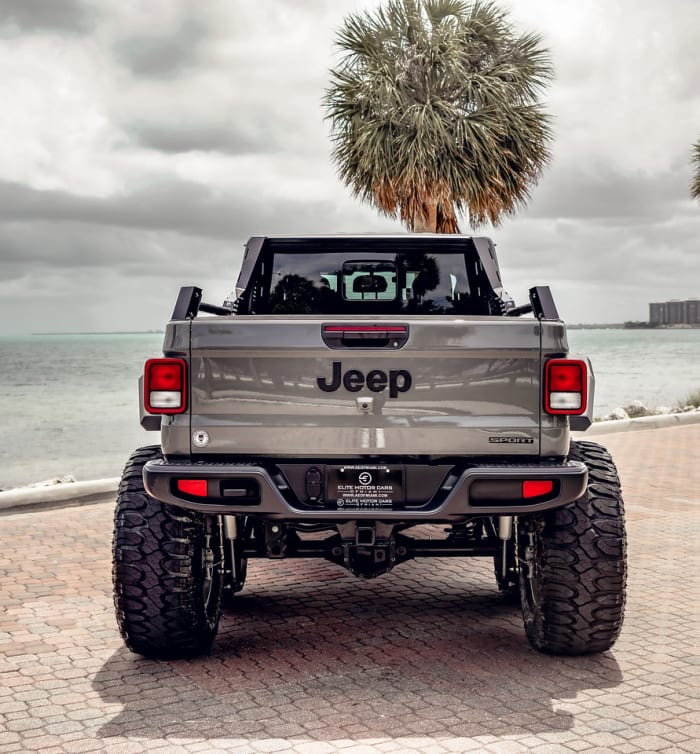Image #7 of our 2018 Jeep Gladiator 6x6 (Gray) In Miami Fort Lauderdale Palm Beach South Florida