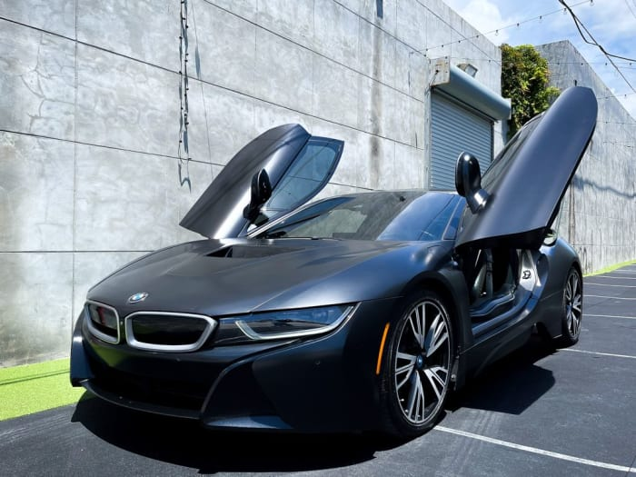 Image #4 of our 2018 BMW I8  (Dark Gray) In Miami Fort Lauderdale Palm Beach South Florida