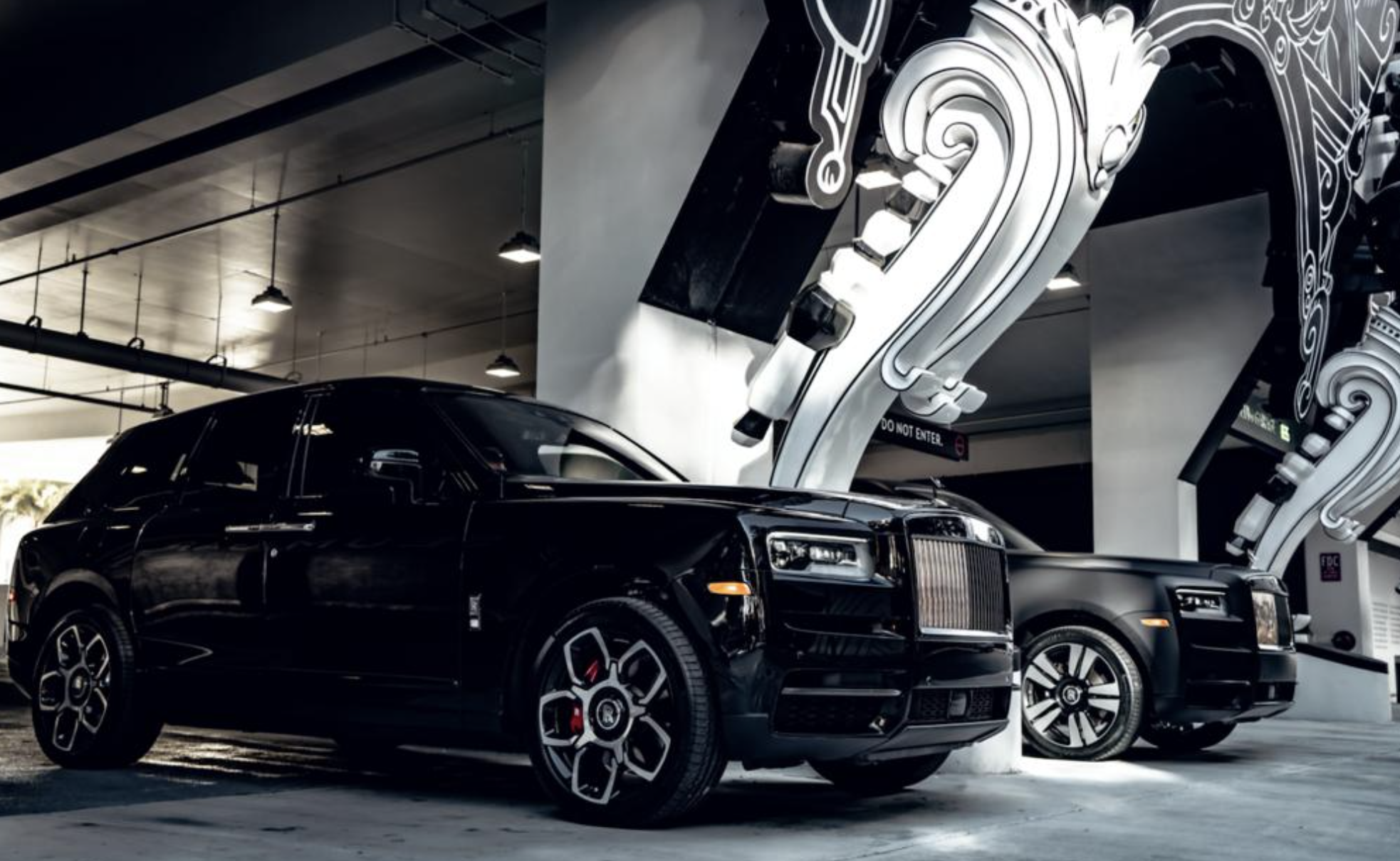 Image #5 of our  2021 ROLLS ROYCE CULLINAN - BLACK BADGE    In Miami Fort Lauderdale Palm Beach South Florida