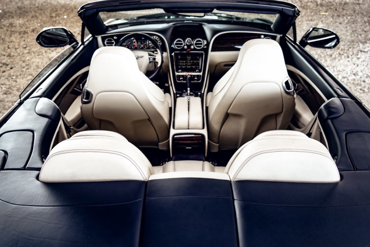 Image #8 of our  BENTLEY CONTINENTAL GTC BLACK - WHITE    In Miami Fort Lauderdale Palm Beach South Florida