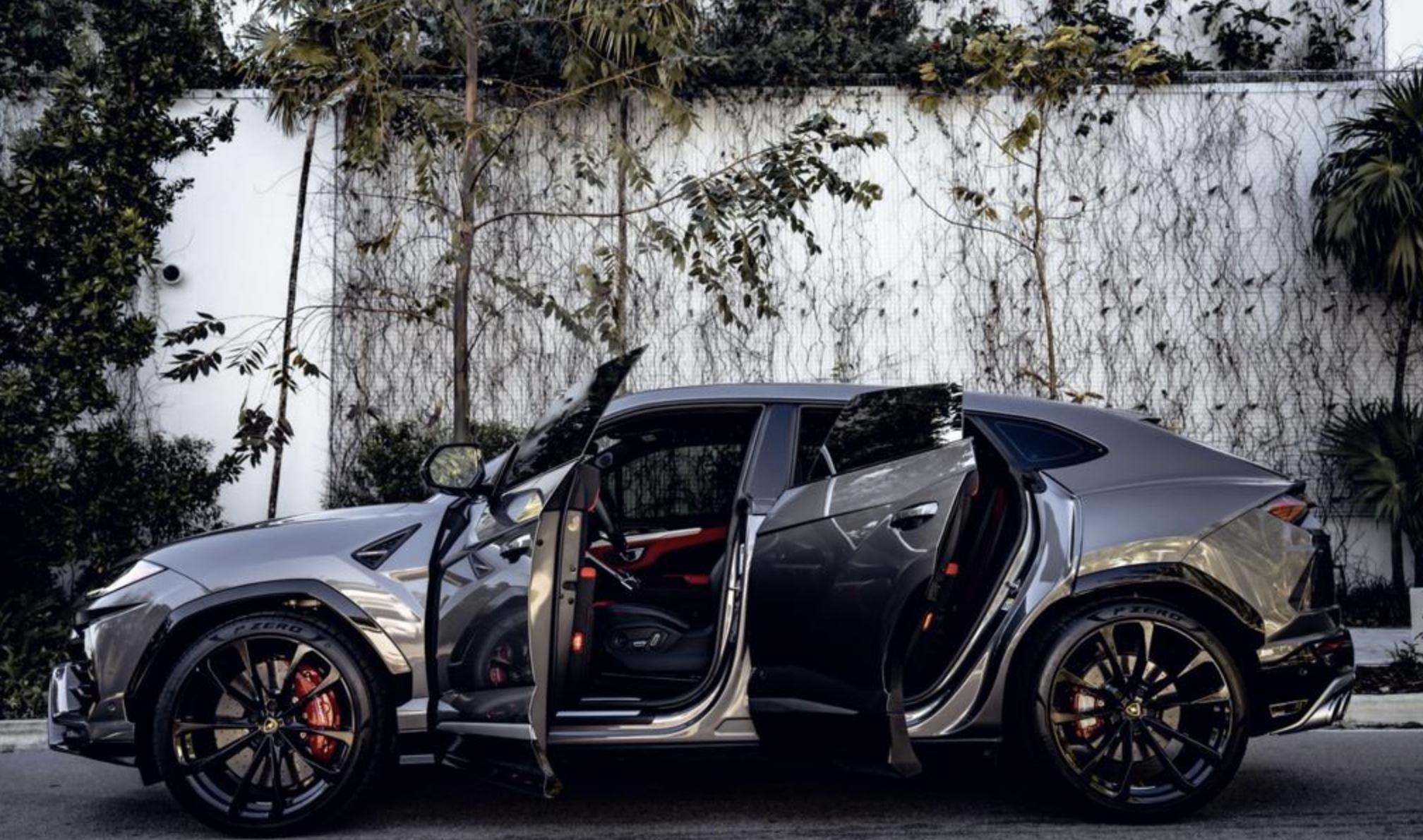 Image #0 of our  2021 Lamborghini Urus - Silver    In Miami Fort Lauderdale Palm Beach South Florida