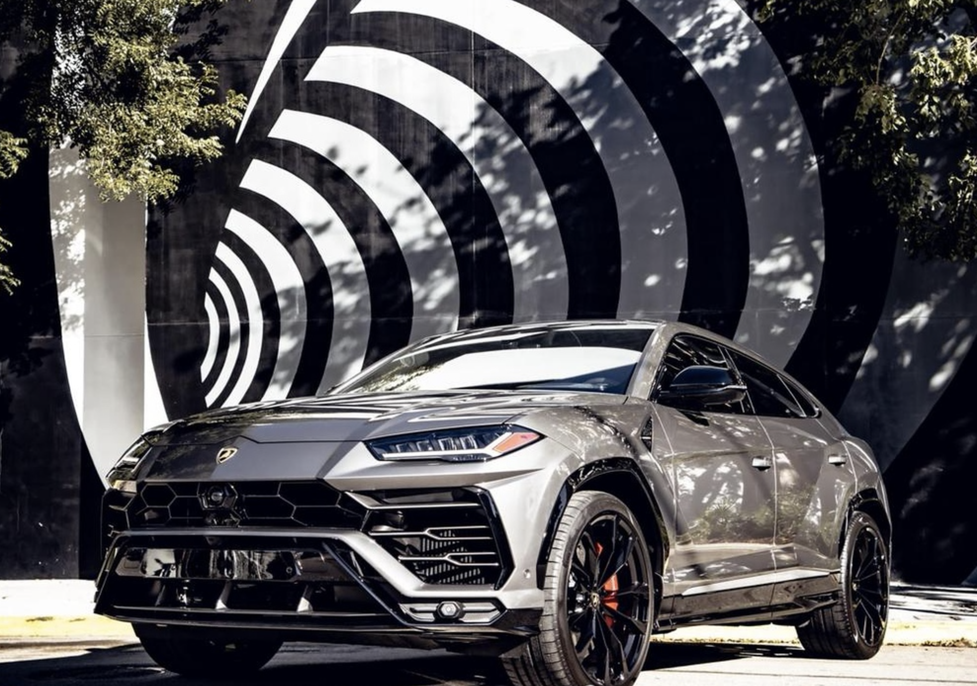 Image #7 of our  2021 Lamborghini Urus - Silver    In Miami Fort Lauderdale Palm Beach South Florida