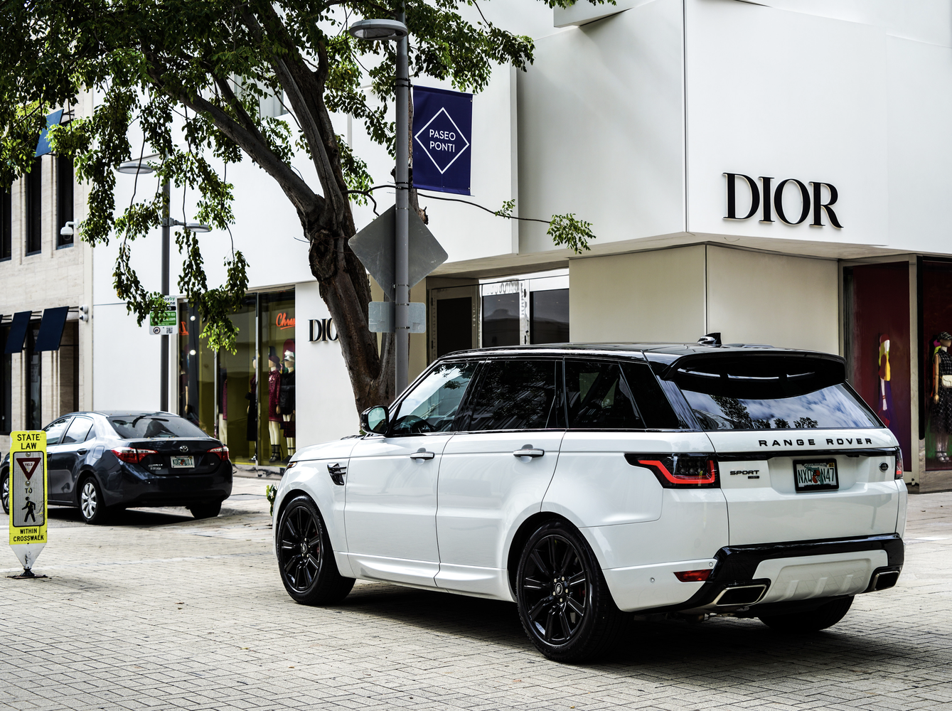 Image #1 of our  Range Rover Sport 22 White    In Miami Fort Lauderdale Palm Beach South Florida