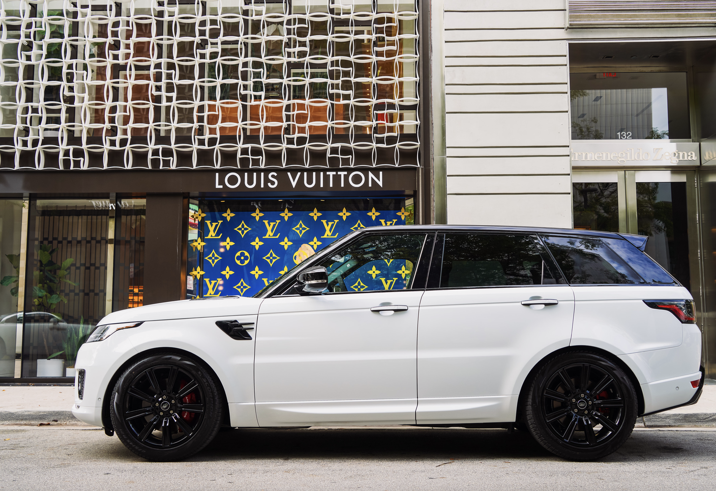 Image #5 of our  Range Rover Sport 22 White    In Miami Fort Lauderdale Palm Beach South Florida