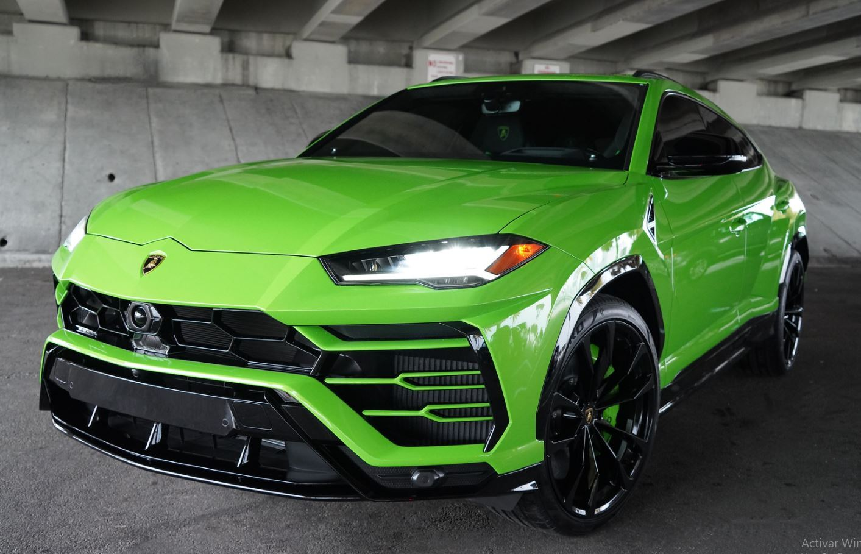 Image #3 of our  2022 Lamborghini Urus  Green    In Miami Fort Lauderdale Palm Beach South Florida