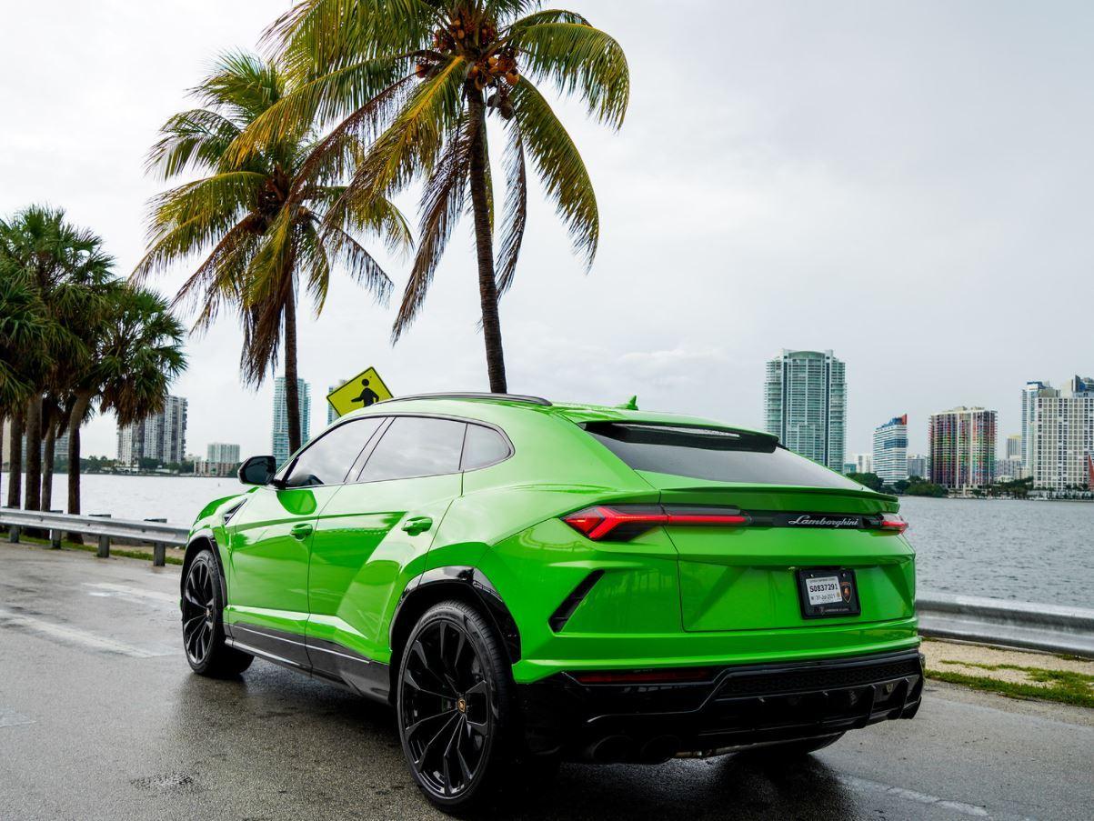 Image #7 of our  2022 Lamborghini Urus  Green    In Miami Fort Lauderdale Palm Beach South Florida