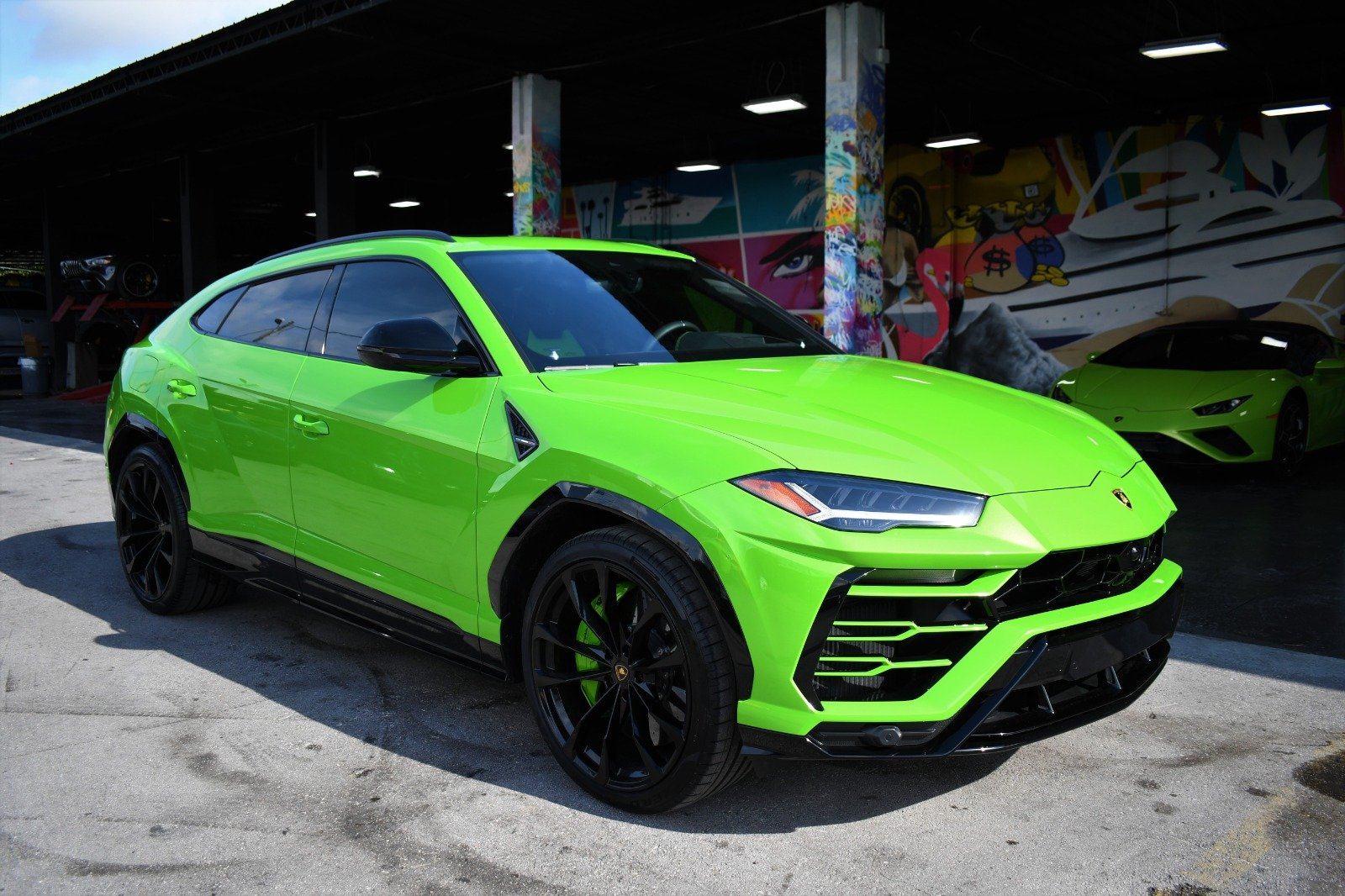 Image #9 of our  2022 Lamborghini Urus  Green    In Miami Fort Lauderdale Palm Beach South Florida