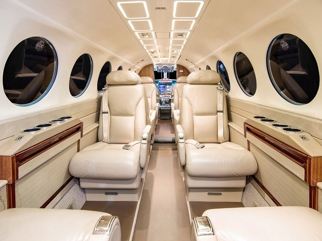 Image #1 of our  Beech King Air 350   () In Miami Fort Lauderdale Palm Beach South Florida