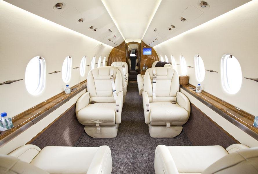 Image #1 of our  Hawker 4000   () In Miami Fort Lauderdale Palm Beach South Florida