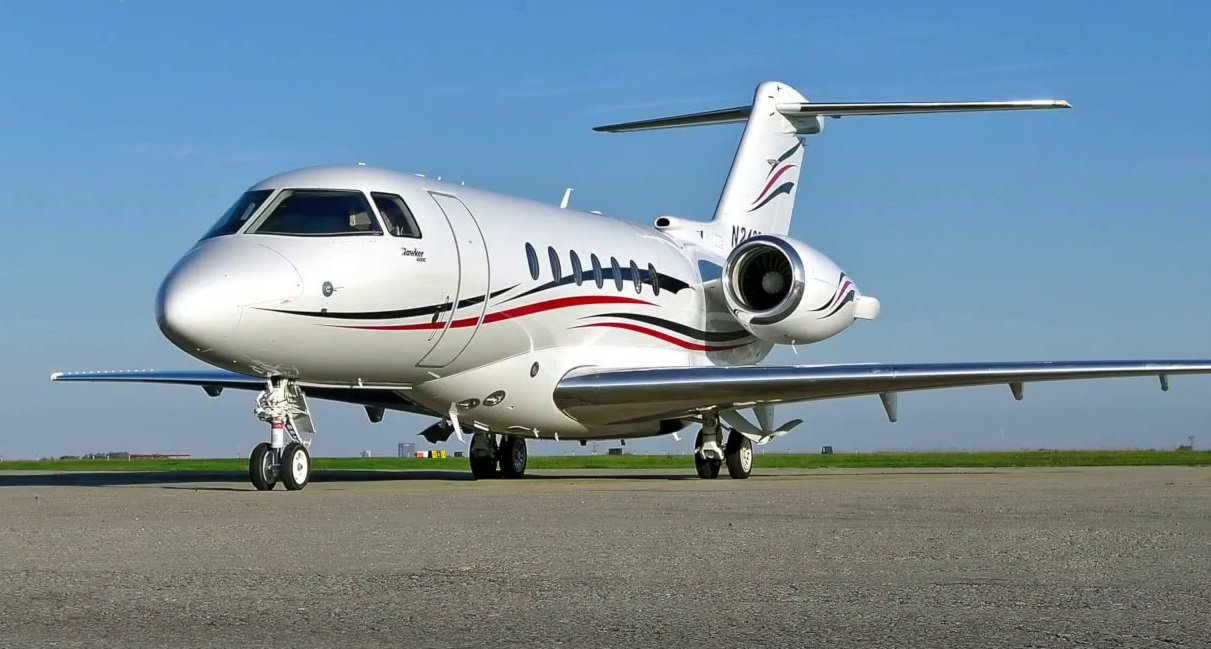 Image #0 of our  Hawker 4000   () In Miami Fort Lauderdale Palm Beach South Florida