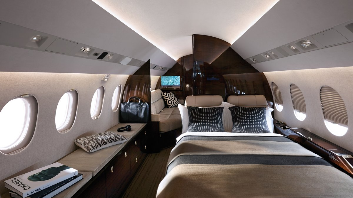 Image #2 of our  Falcon 900LX/EX   () In Miami Fort Lauderdale Palm Beach South Florida