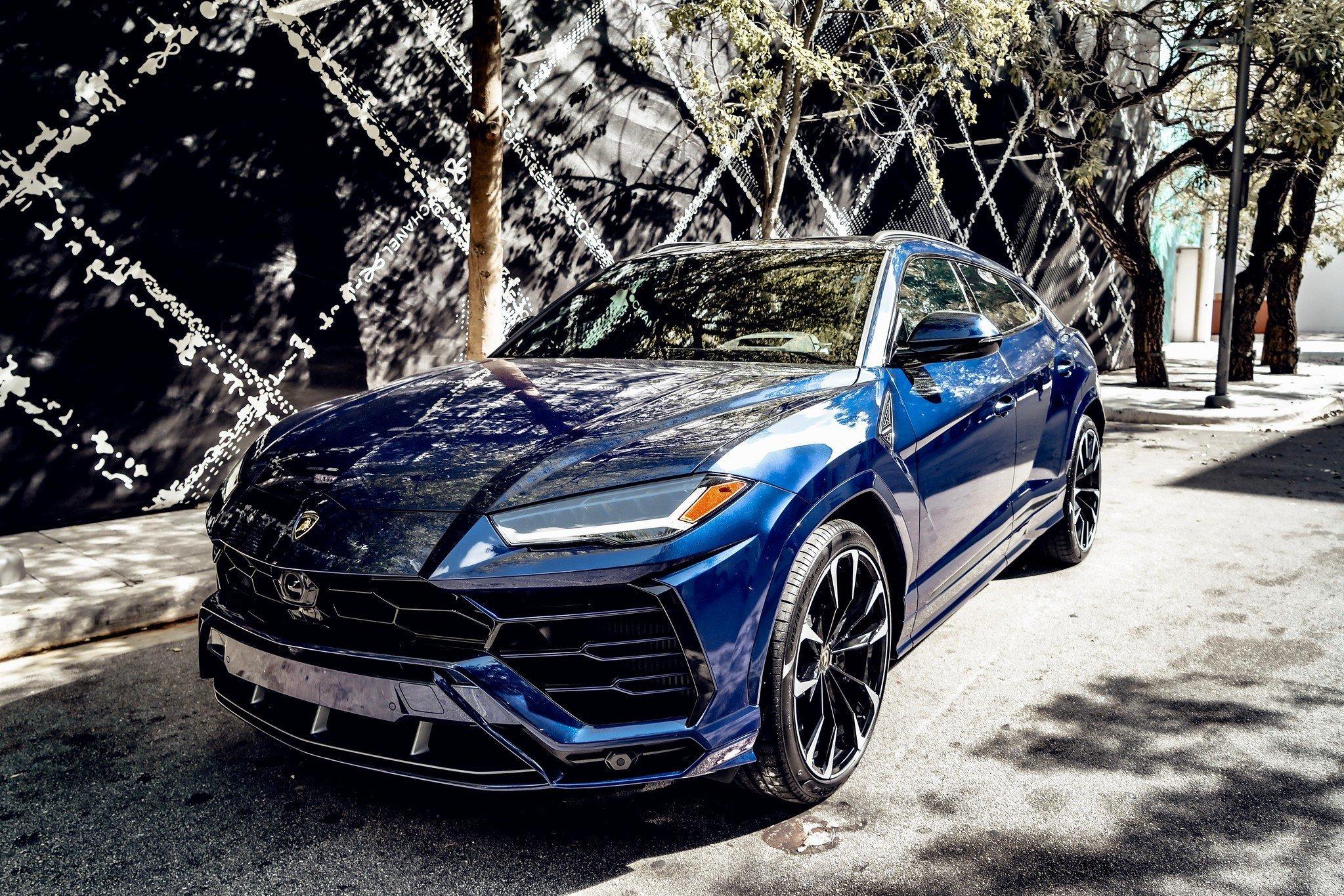 Image #4 of our  2021 Lamborghini Urus - Dark Blue    In Miami Fort Lauderdale Palm Beach South Florida