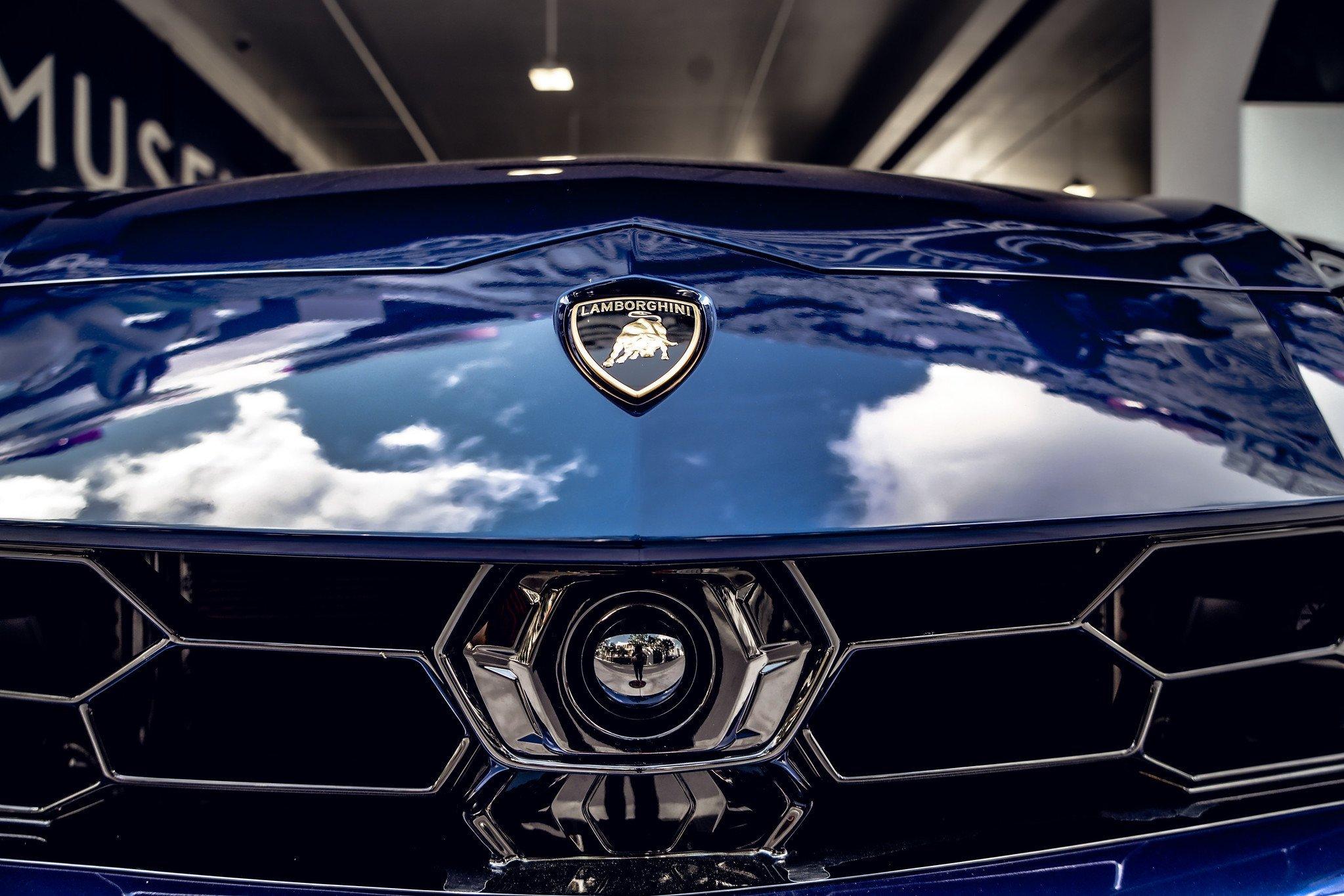 Image #14 of our  2021 Lamborghini Urus - Dark Blue    In Miami Fort Lauderdale Palm Beach South Florida