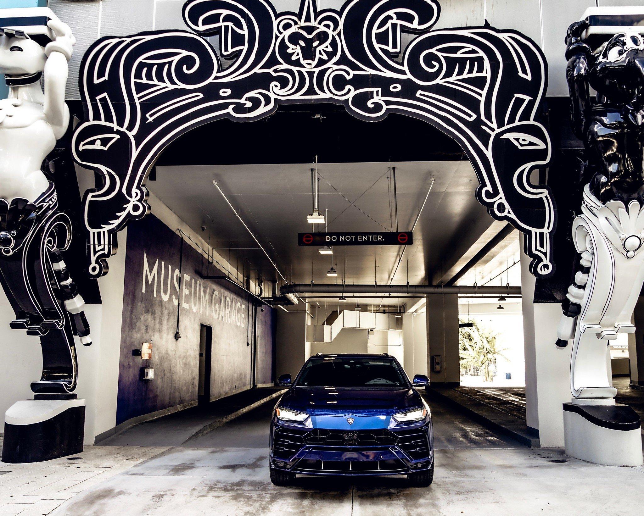 Image #15 of our  2021 Lamborghini Urus - Dark Blue    In Miami Fort Lauderdale Palm Beach South Florida