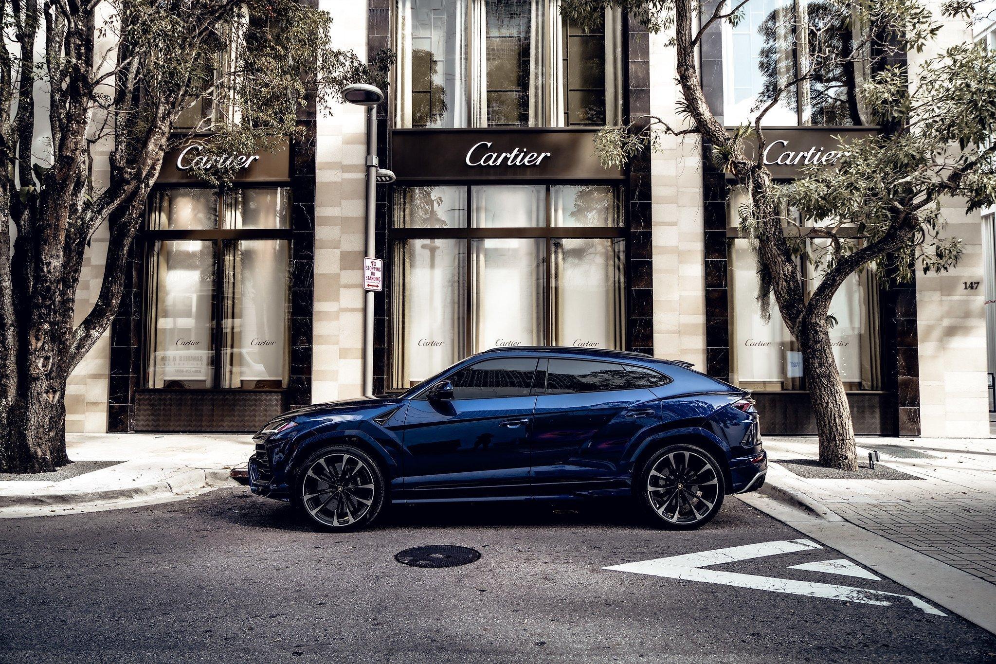 Image #16 of our  2021 Lamborghini Urus - Dark Blue    In Miami Fort Lauderdale Palm Beach South Florida