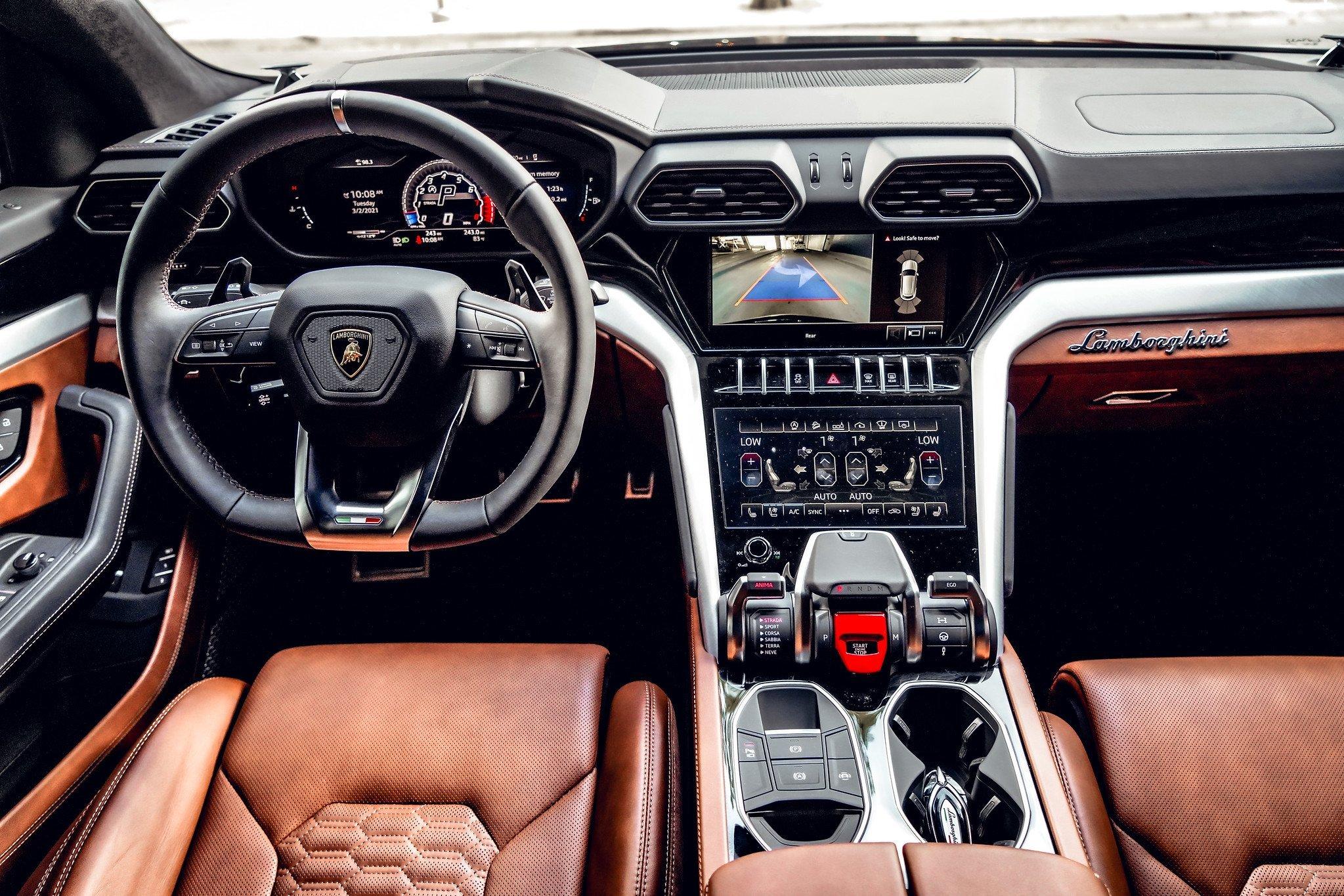 Image #20 of our  2021 Lamborghini Urus - Dark Blue    In Miami Fort Lauderdale Palm Beach South Florida