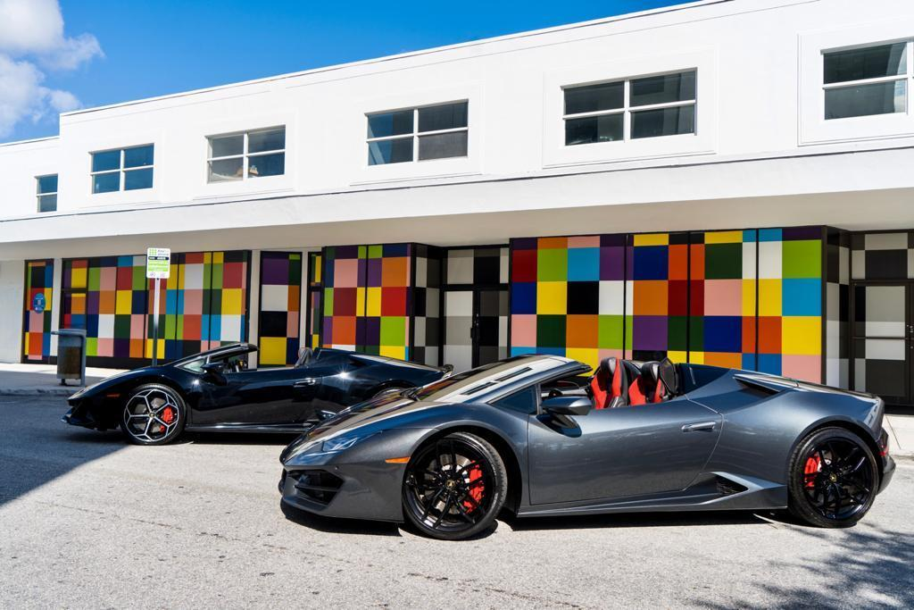 Image #4 of our  Lamborghini Huracan Spyder - Gray    In Miami Fort Lauderdale Palm Beach South Florida