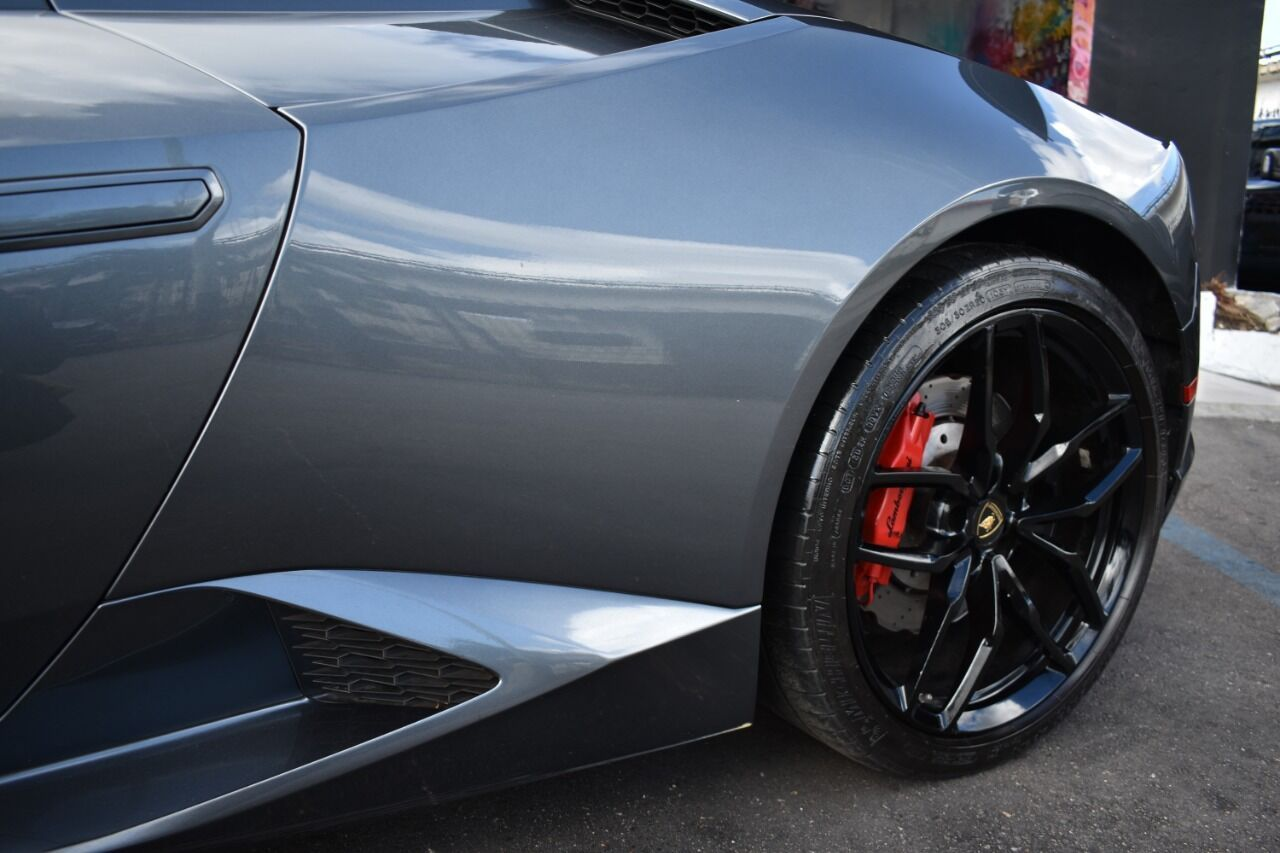 Image #9 of our  Lamborghini Huracan Spyder - Gray    In Miami Fort Lauderdale Palm Beach South Florida