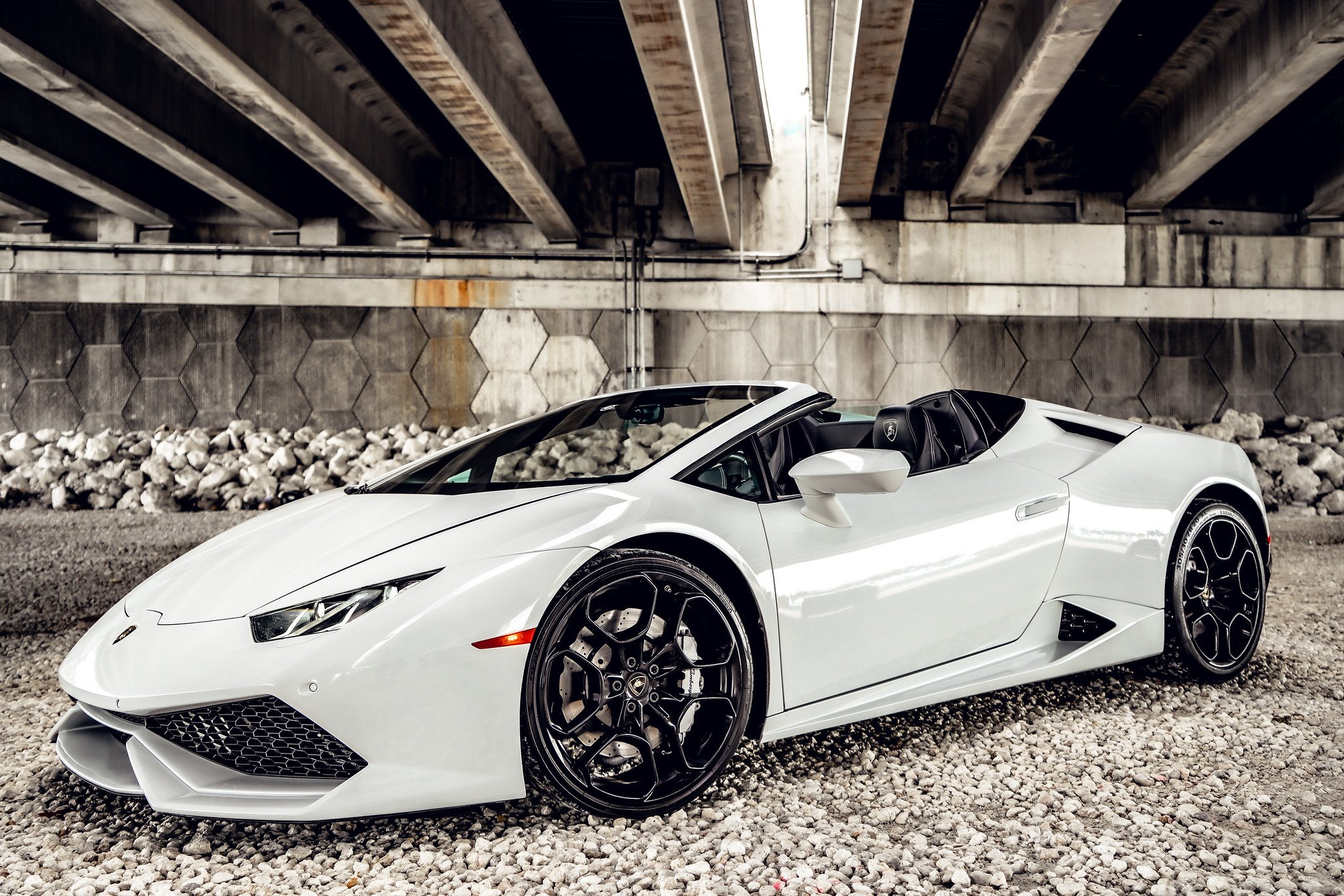 Image #5 of our  Lamborghini Huracan - White    In Miami Fort Lauderdale Palm Beach South Florida