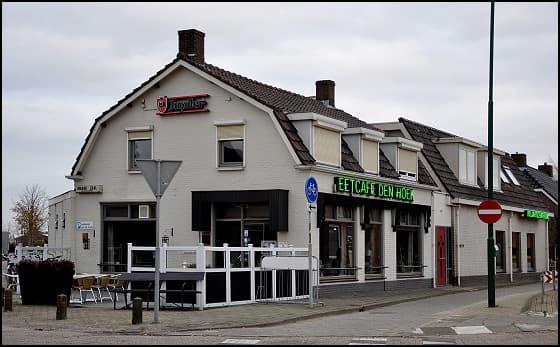 Bier- en Eetcafe Den Hoek