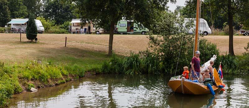 Watersportcamping t Loo