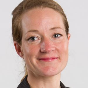 Dr Laura Davies