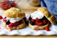 easy drop berry shortcakes