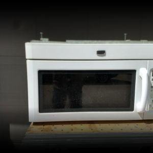Maytag over-the-stove microwave/vent