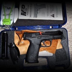 Smith & Wesson M&P 9mm LNIB