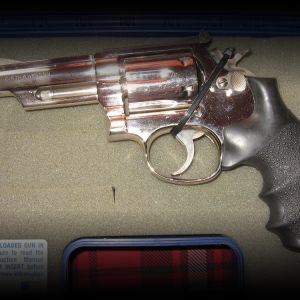 ***SMITH & WESSON*** MODEL 19 COMBAT 357 MAGNUM