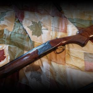 Citori 12 gauge shotgun in excellent condition.