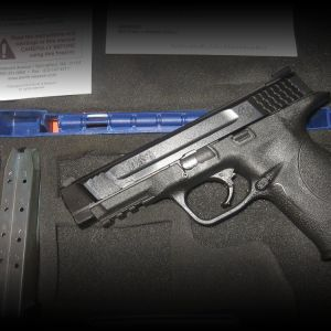 ***SMITH & WESSON*** M & P 45 ACP W/ NIGHT SIGHTS