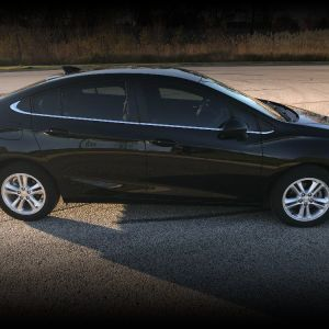 2018 Chevrolet Cruze LT, $2000 under Kelly Blue Book