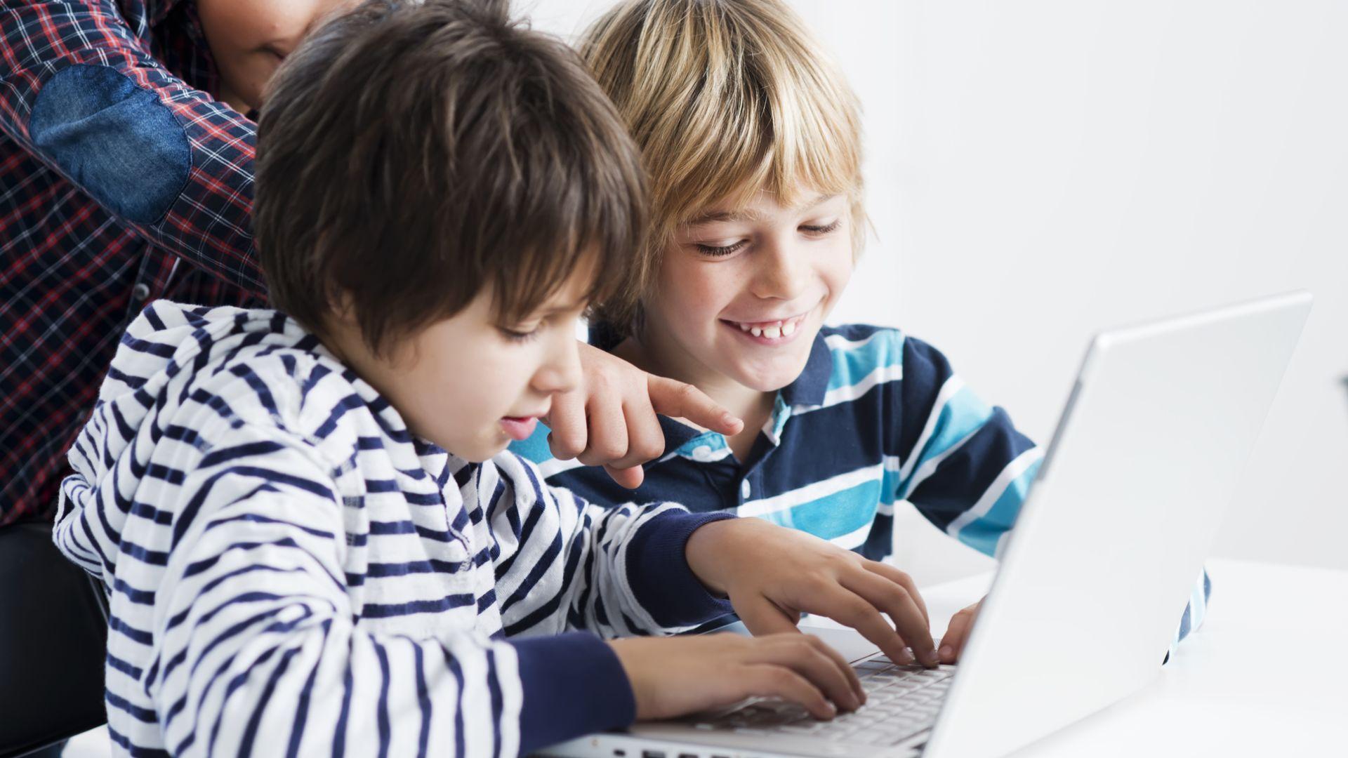 Magnetica Education och Lärande i Sverige väljer Admentum