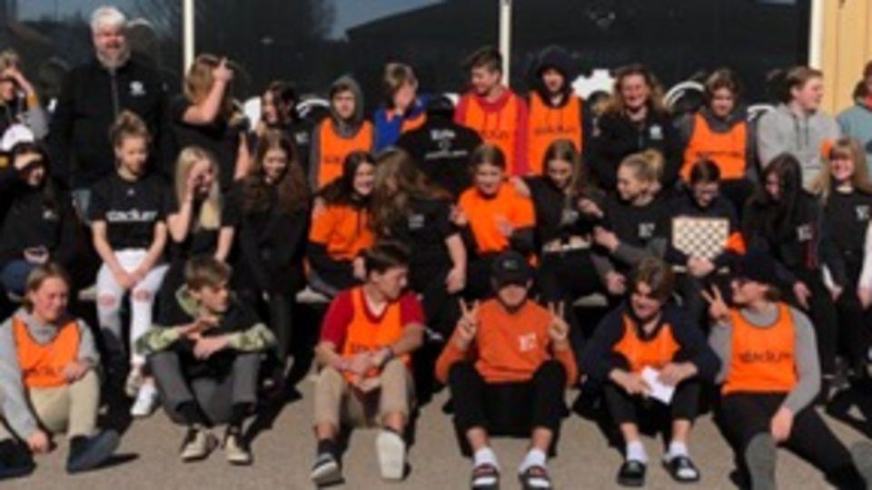 Elever från Erlaskolan i Falun tävlar om en finalplats i Teknikåttan