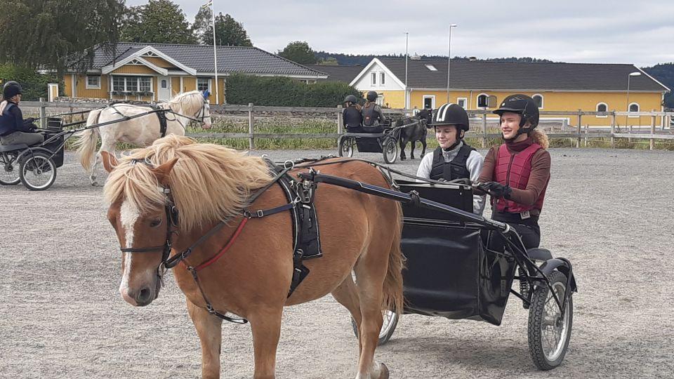 Åby körskola