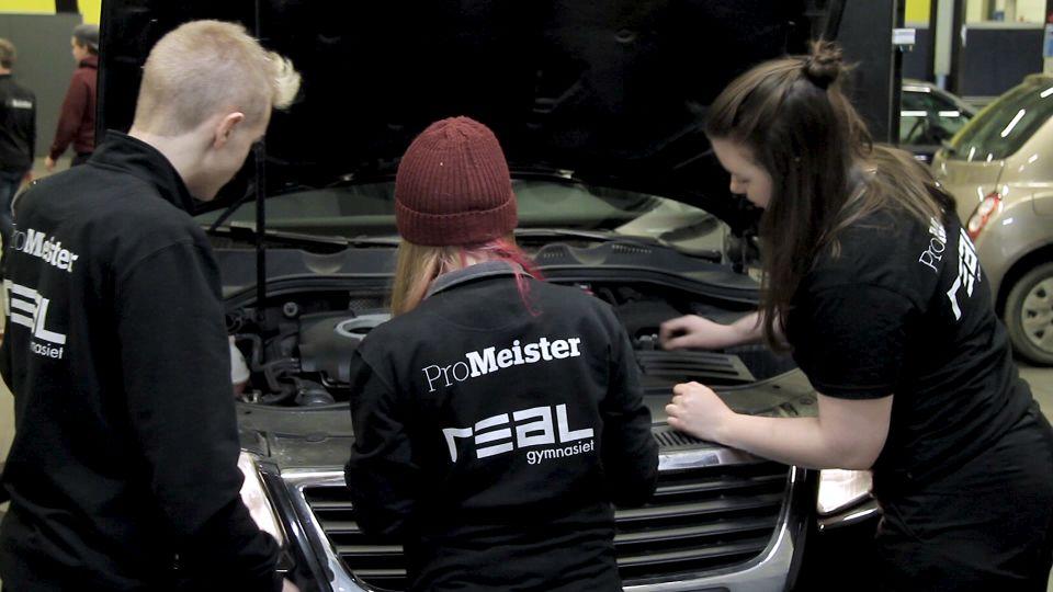 Realgymnasiet startar fordonsprogram i samarbete med ProMeister i Göteborg, ProMeister Fordon med jobbgaranti