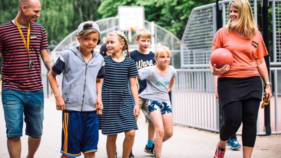 Elever på Erlaskolan Östra utbildas till trivselledare
