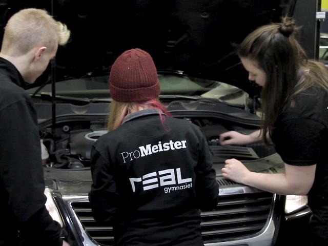 Realgymnasiets fordonsutbildning ProMeister Fordon vinner pris