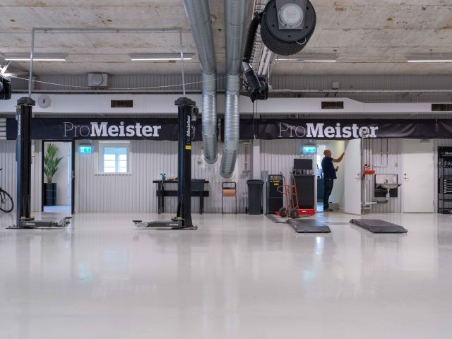 ProMeister Fordon på Realgymnasiet i Örebro får nya fräscha verkstadslokaler