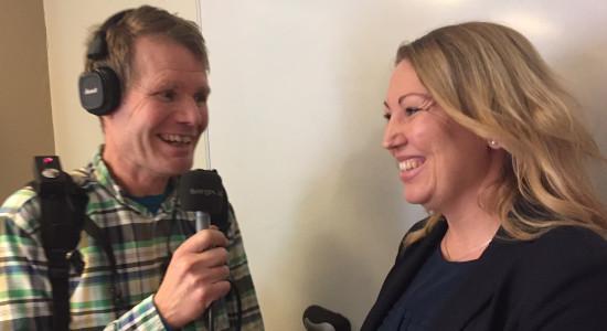 Johanna Intervjuas av P4 Väst
