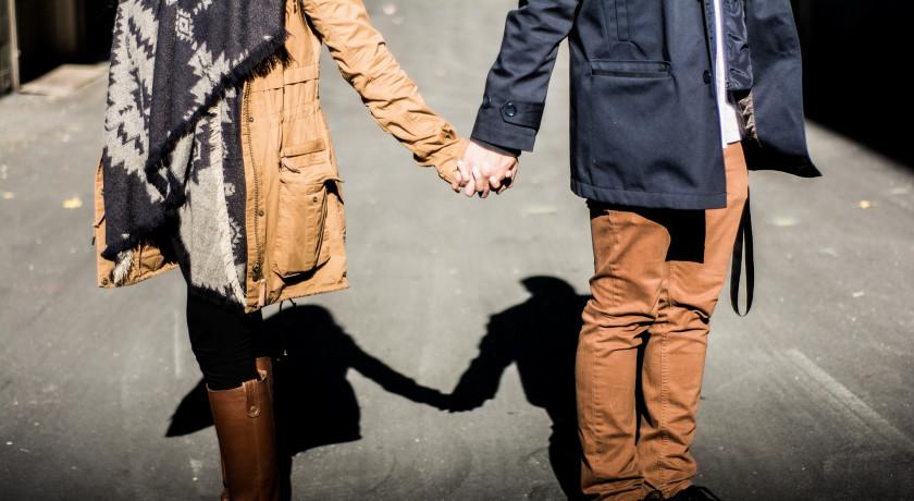 svar på är du dating någon