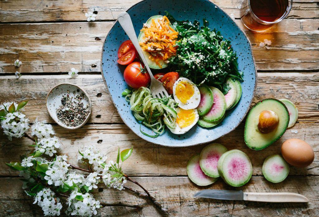 balanced healthy meal via Unsplash
