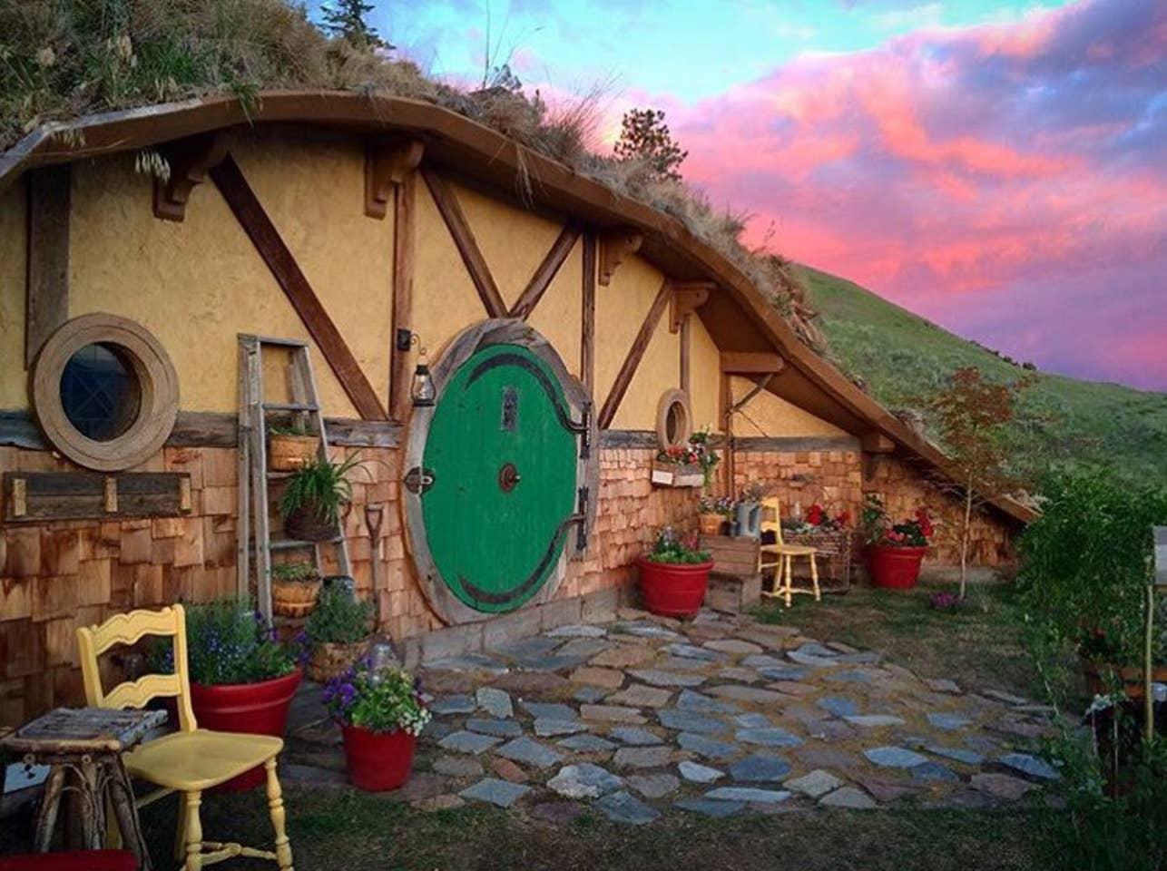 Hobbit House in Washington, US