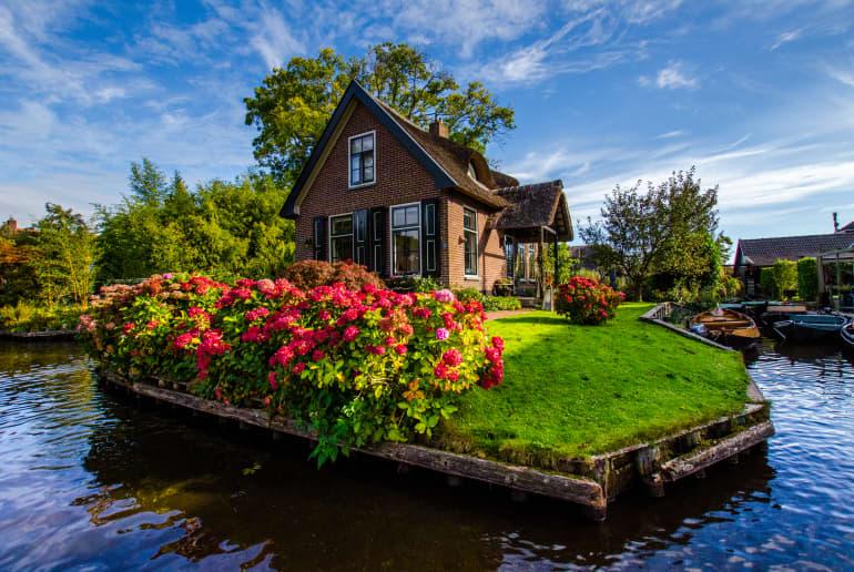 Haus am Wasserkanal Giethoorn