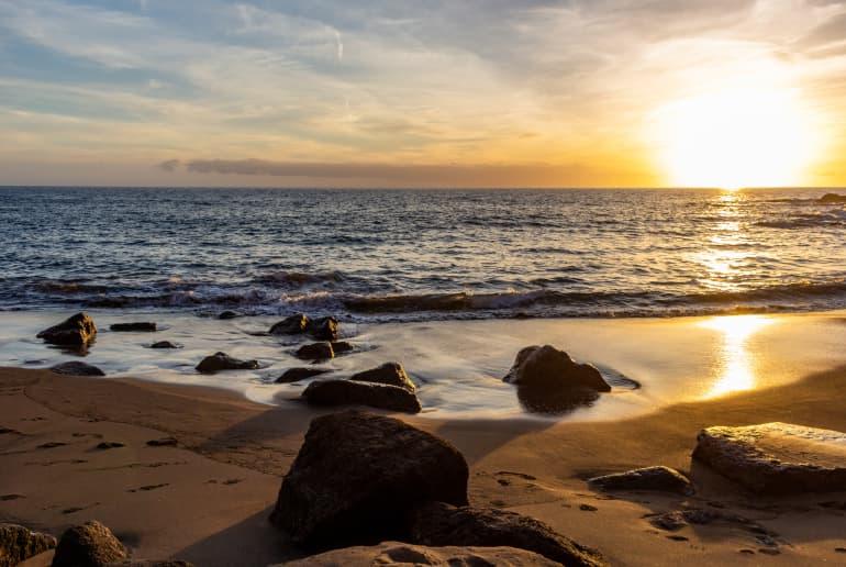 Playa Tiritaña
