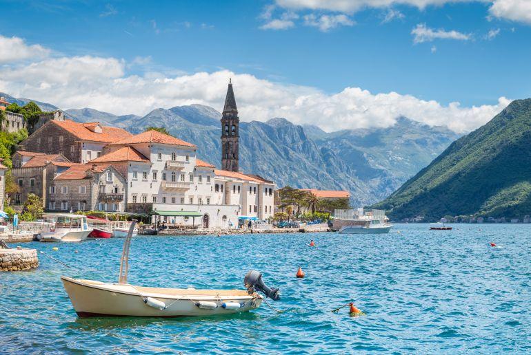 See und Berge in Montenegro