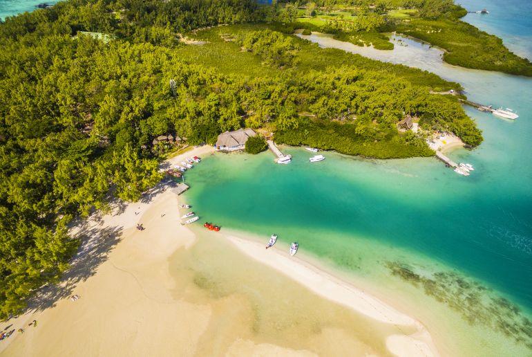 Strand Île aux Cerfs auf Mauritius