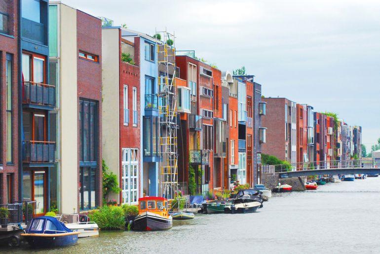 bunte Häuser in Niederlande